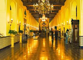 hotel nacional de cuba lobby